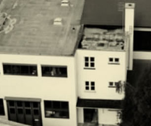 Ab 1972 befand sich der Sitz des Unternehmens in der Aidenbachstrasse in München